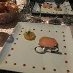 Le foie gras avec l'ananas à la vanille