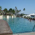 Infinity pool con vistas a la playa