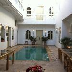 la cour intérieure du Riad et la piscine