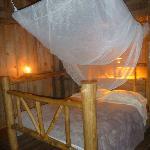 Le lit de la cabine romantique