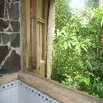 La douche de la cabane romantique