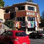 Bay Cabinz Motel