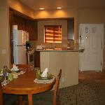 1 bedroom unit kitchen and dining area