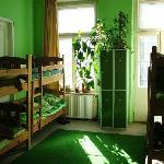 8-person room
