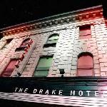 드레이크 호텔