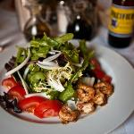 Argetinian salad with grilled shrimp