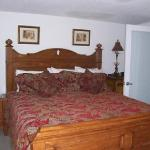 1/1 Bedroom Area