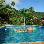 Ariana Bungalows Pool