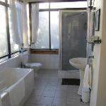 Room 4 toilet