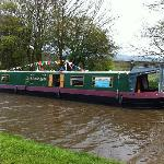 Lizzie-Jean near Skipton on the Leeds & Liverpool Canal