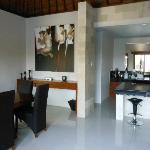 same kitchen/dining/lounge villa..