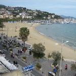 Utsikt mot sentrum og stranda