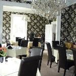 Dining Room - warm and elegant