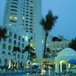 FACHADA HOTEL TESORO