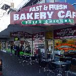 Fast and Fresh Bakery Cafe(2)