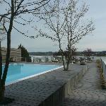 wunderschöner Pool auf dem Dach