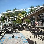 Une des terrases du restaurant