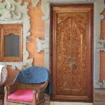 Tür des Bungalows