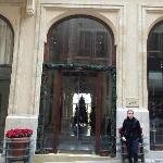 The entrance of Le Patio