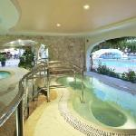 Whirlpool overlooking Indoor and outdoor pool