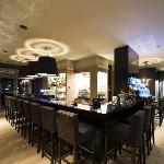 barazar Hotel Bar