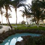 walkway to pool/ beach area