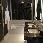 Sicht ins Badezimmer