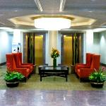 Contemporary Lobby Decor