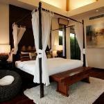 Masetr bedroom suite