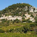 Village de Séguret vu du Domaine