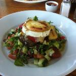 grilled goats cheese salad