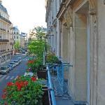 Blick vom Balkon des Zimmers 202 nach Süden in die Rue de Turin