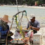 jonny corn :-) essen am strand