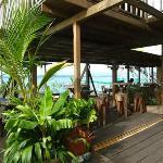 Bocas del Toro: Casa Verde -  Lower deck restaurant