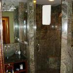 bathroom and shower in plumeria suite
