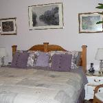 Creekside Room - One king bed or two twin beds