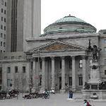 Place d'Armes, Banque de Montreal and monument of Maisonneuve