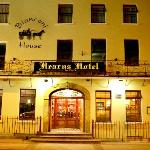 Hearns Hotel front