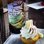 Angry Orchard Cider & a Twinkie Mini Cupcake? Yes, please.