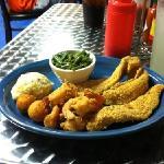 3 fish 8 shrimp
