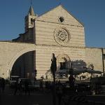 Ristorante situato accanto alla Basilica di Santa Chiara