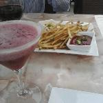raspberry lemon drop and pomme frites