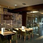 Cafe Flo-Layout