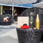 Puregold Bar Terrasse