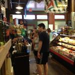 Foto de Jimmy's Food Store