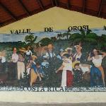 mural in Cartago