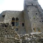 Una facciata del castello