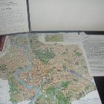 the map of Rome and recommendations of places to eat