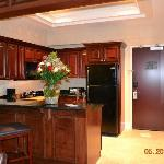 presidential suite kitchen (with the flowers my husband got me)