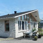 Réception et salle des petit-déjeuner